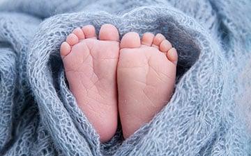 Akupunktur klinik Valby, Frederiksberg, København, små baby fødder